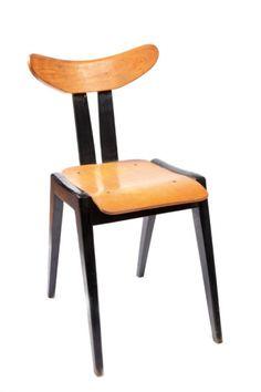 - Krzesło, proj. 1957 r.