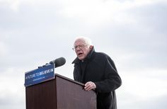Bernie Sanders Praises Pope Francis Ahead of Vatican Visit