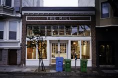 The Mill in San Francisco is a joint venture between Josey Baker Bread and Four Barrel Coffee. They offer many dairy-free and vegan delights! Bakery Cafe, Cafe Restaurant, Restaurant Design, California Travel, Northern California, Cafe Mimosa, Baker Bread, Pop Up Cafe, Milling