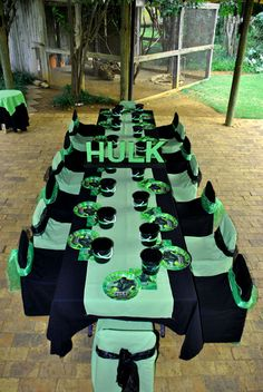 Hulk Table setting Pinned for Kidfolio, the parenting mobile app that makes sharing a snap
