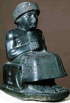 Gudea de Lagash (Período Neosumerio, diorita,  h.2150 a.C., París, Museé du Louvre) Arte acadio