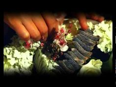 Ботаника. Композиция с розами и люпином