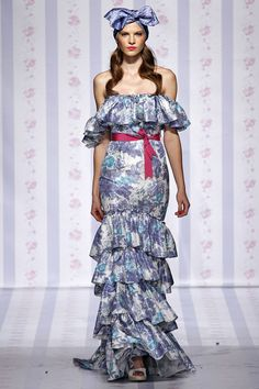 Luisa Beccaria Spring 2013 Ready-to-Wear Collection Slideshow on Style.com