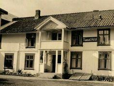 Telemark fylke Notodden kommune Gransherad Tinoset Hotel 1926 Cabin, House Styles, Home Decor, Homemade Home Decor, Cabins, Cottage, Decoration Home, Cubicle, Interior Decorating