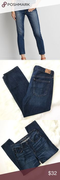 "American Eagle Vintage High Rise Jean Med Wash 8 American Eagle Vintage High Rise Jean Medium Wash Size 8  Brand new without tags! Such a classic fit, high rise, ankle length jean. Perfect with flats or wedges for the warmer months.  Rise: 10"" Inseam: 26""  Sorry no trades! American Eagle Outfitters Jeans Ankle & Cropped"