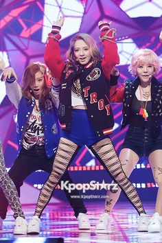 M! Countdown Jan 3, 2013: Girls\' Generation (SNSD) - I Got A Boy