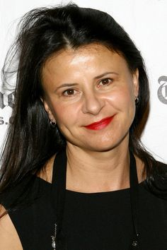 Tracey Ullman- one of the best  female comedians