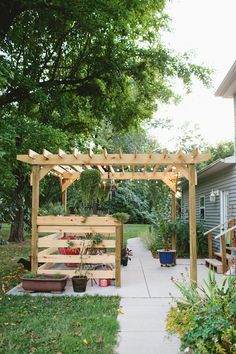 Build Your Own Pergola (part Two - Building)