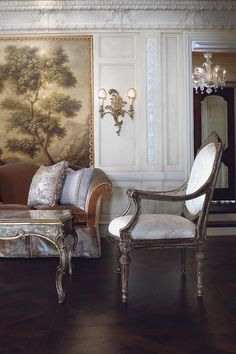 Ebanista showrooms are located in the major design centers of the United States Traditional Interior, Classic Interior, Traditional House, Interior Exterior, Home Interior, Interior Decorating, Interior Design, Design Art, Paris Appartment