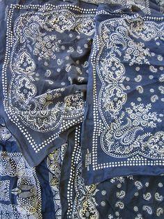 love blue bandana's