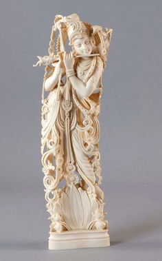 Pronounced fine, antiquity ivory carved work with the representation of a Moguls or Sovereigns. July 2013 Gut Bernstorf Art and Antiques Auction Krishna Statue, Krishna Art, Art Ancien, Bone Carving, Ceramic Painting, Ancient Art, Indian Art, Sculpture Art, Amazing Art