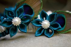 KANZASHI- Teal and Antique White Garter Set with Teal Kanzashi Flowers-----Need to figure out how to make these for the wedding!!
