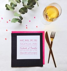 Wedding stationary from ELM Designkollektiv - modern, traditional, bohemian, country chick, colorful – its your choice! Visit elmdesign.no // Alle trykksaker til bryllup og andre begivenheter fra ELM Designkollektiv - moderne, tradisjonsrikt, minimalistisk, bohemsk, landlig, fargerikt – ditt valg! Besøk oss på elmdesign.no Wedding Menu, Wedding Colors, Tableware, Dinnerware, Color Scheme Wedding, Wedding Dinner Menu, Tablewares, Dishes, Place Settings