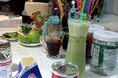 Trái cây ngon - Trà sữa matcha heneiken mang đến hương vị đặc biệt mới lạ. Được kết hợp từ các nguyên liệu như: Hồng trà, sữa, trà xanh nhật bản, bia Heneiken. Dưới đây là cách để làm được một ly trà tuyệt vời này.