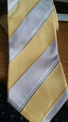 Giorgio Armani Men's Necktie Yellow Silver Metallic Looking