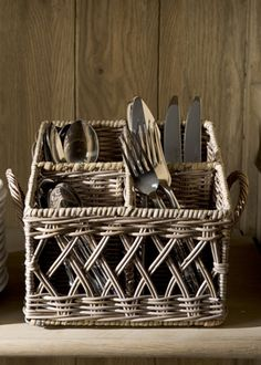 Подставка для ложек-вилок-ножей