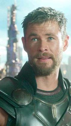 Thor Marvel Movie, Marvel Comics Superheroes, Loki Marvel, Marvel Jokes, Marvel Actors, Marvel Funny, Marvel Heroes, Chris Hemsworth, Man Thing Marvel