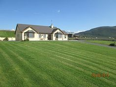 Beautiful,peaceful located cottage, ideal base for touring kerry,WifiVacation Rental in Glenbeigh from Home And Away, Touring, Cottage, Smoke, Mansions, Park, House Styles, Places, Travel