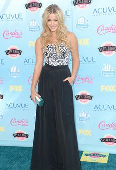 Ashley Benson at the Teen Choice Awards 2013. I had to leave the name mistake because I find it hilarious. *Sasha Pieterse