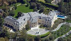 Image: Beyonce and Jay-Z Offer $100 Million Upfront for $200 Million L.A. Mansion Image #3