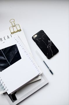 Complete your marble collection with our new case. This case features our signature marble in black that you've all come to love. An impact-resistant outer shell protects against dings, dust and scratches. This case is 2.5mm slim and lightweight without sacrificing protection.