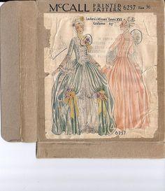 McCall 6257 Louis XVI costume
