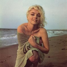 Marilyn. 50 Iconic Shots.