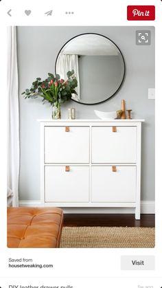 Dresser with round mirror