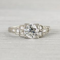 Art Deco | Great Gatsby inspired engagement ring | diamonds