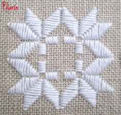 Discover thousands of images about Resultado de imagem para hardanger ponto reto Embroidery Designs, Types Of Embroidery, Learn Embroidery, Hardanger Embroidery, Embroidery Stitches, Hand Embroidery, Cross Stitches, Bookmark Craft, Swedish Weaving