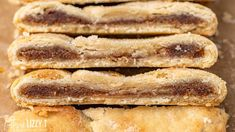 Cinnamon Pie, Cinnamon Roll Cheesecake, Cinnamon Roll Waffles, Cinnamon Roll Casserole, Cinnamon Roll Cookies, Pie Crust Pastry, Pastry Chef, Making Half A Recipe, Sallys Baking Addiction