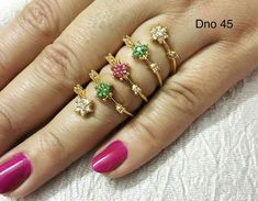 Gold Jewelry Simple, Gold Rings Jewelry, Emerald Jewelry, Wedding Jewelry, Beautiful Gold Rings, Gold Finger Rings, Gold Ring Designs, Beaded Jewelry Designs, Temple Jewellery