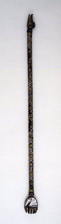 Back-Scratcher Mughal, The British Museum First Battle Of Panipat, Colonial India, Back Scratcher, Mughal Empire, Sticks And Stones, Stone Heart, Ancient Civilizations, British Museum, Islamic Art