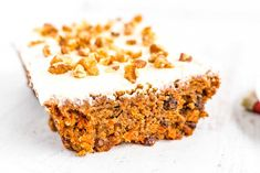 You'll love how easy and delicious this Carrot Cake Loaf recipe is. It's topped with my favorite recipe for fluffy cream cheese frosting! Carrot And Walnut Cake, Carrot Cake Loaf, Easy Carrot Cake, Loaf Cake, Spring Desserts, Easy Desserts, Loaf Recipes, Cake Recipes, Moist Banana Bread