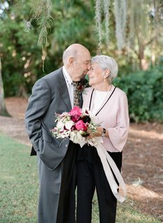 Marriage advice from a couple celebrating their wedding anniversary, and a photo session by Sophie Epton. Wedding Anniversary Photos, 50th Wedding Anniversary, Anniversary Parties, Anniversary Photography, Anniversary Surprise, Happy Anniversary, Old Couple In Love, Couples In Love, Couple Pictures