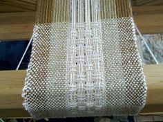 Handwoven Alpaca Scarf <-- almost certainly cold be done on a RH with pick up sticks