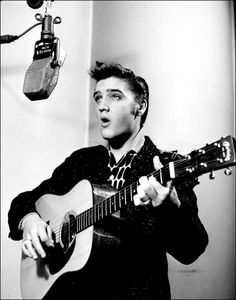 This is one of several publicity shots made of Elvis shortly after he signed to RCA.
