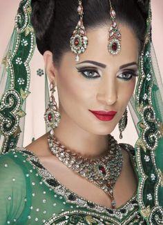 Bridal makeup by Jazz Panesar
