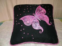 Stitch this enchanting butterfly on a cushion with appliqued angelina in luminous colors or some beautiful fabrics and give it to a favorite child or grandchild. Machine Embroidery Patterns, Embroidery Applique, Embroidery Ideas, Butterfly Cushion, Applique Cushions, Luminous Colours, My Design, Quilts, Stitch