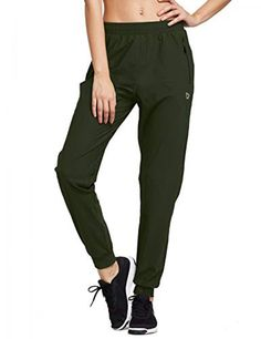 Yoga pants with zipper pockets Price: 27.99 #yoga Jogger Pants, Joggers, Sweatpants, Workout Wear, Workout Pants, Trimmer For Men, Yoga Pants With Pockets, Hot Yoga, Cool Fabric