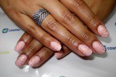 #bridalnails #bride #gel #pink #handpainted #pinkandgold #gold #filigree #feminine #nailart #delicate #perfectmanicure