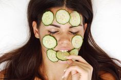 The Keto Clear Skin Diet --  veggies, oils and proteins that are great for your skin