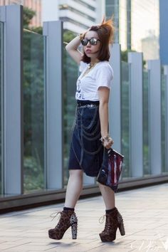 Brown-jeffrey-campbell-boots-navy-carmen-chan-jewelry-bag
