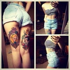 Under butt tattoo Disney Tattoos, Cartoon Tattoos, Tattoo Girls, Girl Tattoos, Tatoos, Hot Tattoos, Body Art Tattoos, Thigh Tattoos, Frame Tattoos