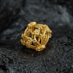 1 Genuine Solid 22 K Gold Bead Intricate Filigree Handmade in Bali G for sale online Antic Jewellery, Gold Temple Jewellery, Gold Jewelry, Beaded Jewelry, Gold Chain Design, Gold Bangles Design, Gold Earrings Designs, Diamond Chandelier Earrings, Gold Pendent
