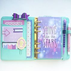Planner inspiration - mint green organiser with purple set up and dashboard Kikki K Planner, Cute Planner, Happy Planner, Prima Planner, Cute School Supplies, Cute Stationery, Stationary, Day Planners, Planner Organization