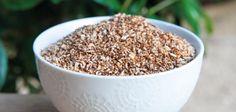 Muito utilizada nas dietas lowcarbs e sem glúten, a farinha de coco vem ganhando bastante espaço na nossa alimentação saudável. Estava eu em casa com um belo coco e pensei! Vou fazer leite de coco caseiro e farinha! E ficou…