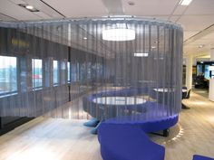 Metal Curtain   MOVEABLE / CURVED   ArchiExpo