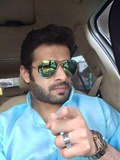 Find out what Karan Patel is doing on Jhalak Reloaded : Tv Talks Karan Patel, Yeh Hai Mohabbatein, Mirrored Sunglasses, Mens Sunglasses, Karan Johar, Tv Actors, Hd Picture, Indian Celebrities, Shahrukh Khan