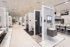 Le Groupe PORCELANOSA ouvre son premier showroom à Philadelphie #Porcelanosa #showroom #Philadelphia Bureau Design, Bar Design, Design Studio, Booth Design, Store Design, House Design, Design Ideas, Showroom Interior Design, Tile Showroom